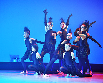 鏡眞理子現代舞踊教室ヤングクラス